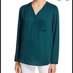 Pleione V neck one pocket l/s georgette blouse